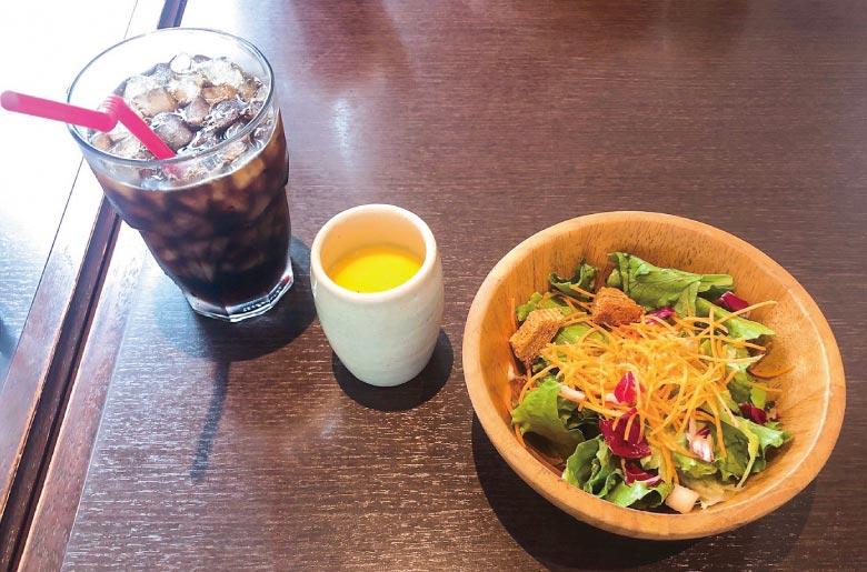 Bistro Tama的沙拉、濃湯、冰咖啡