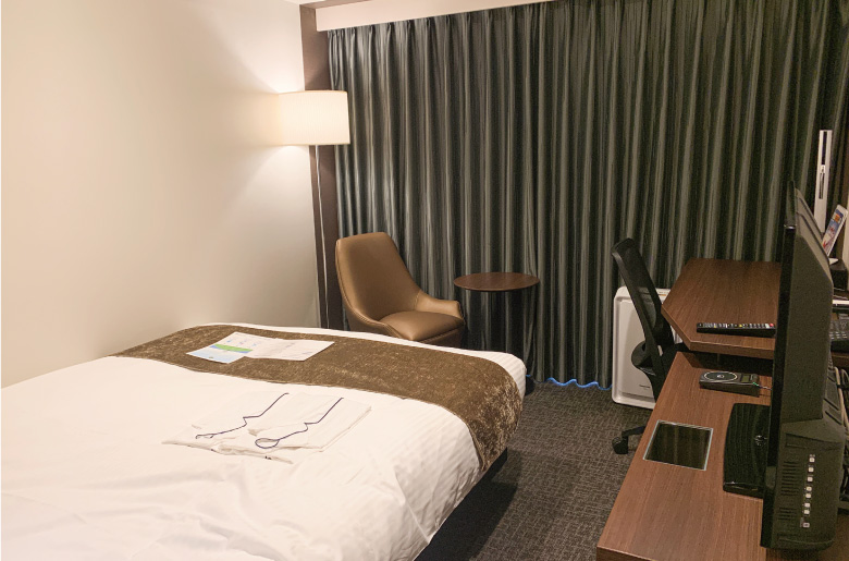 千葉中央大和ROYNET飯店的標準雙人房