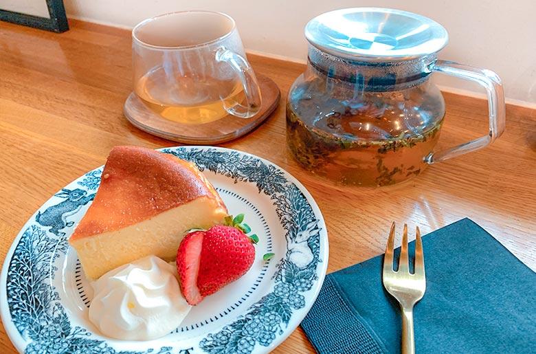 無麩質起司蛋糕、花茶