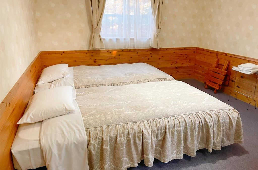 Azami Lodge房間內部